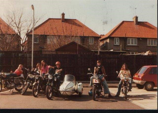 Mo Pete Yve Mick Steve and Polly Summer 76 in Hayes End